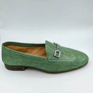 Mint croco loafer