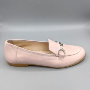 Nude loafer