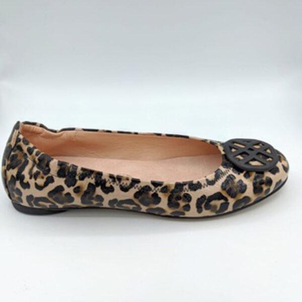 Leopard ballerina