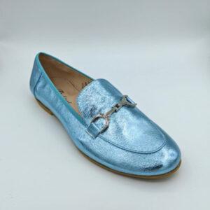 Metallic blue loafer
