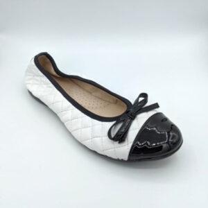 Black&White ballerina