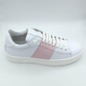 White&pink sneaker